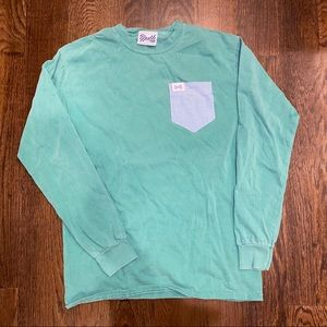 NWOT • Fraternity Collection • Sm • long sleeve